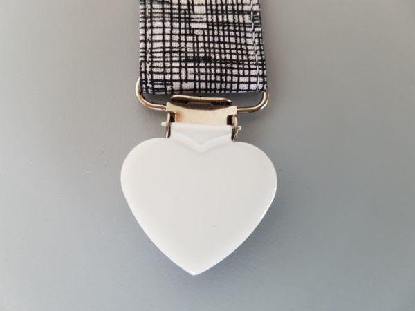 Fruffel servethouder Bart detail hart sluiting